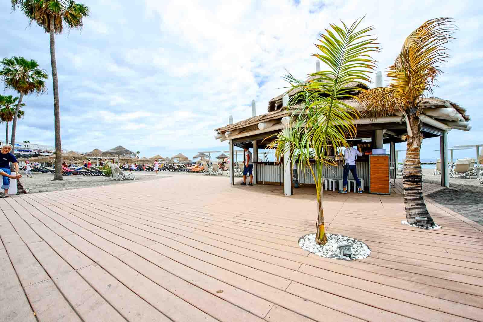 Tarimas Playa de Torviscas copyright imagenia image consultant-16
