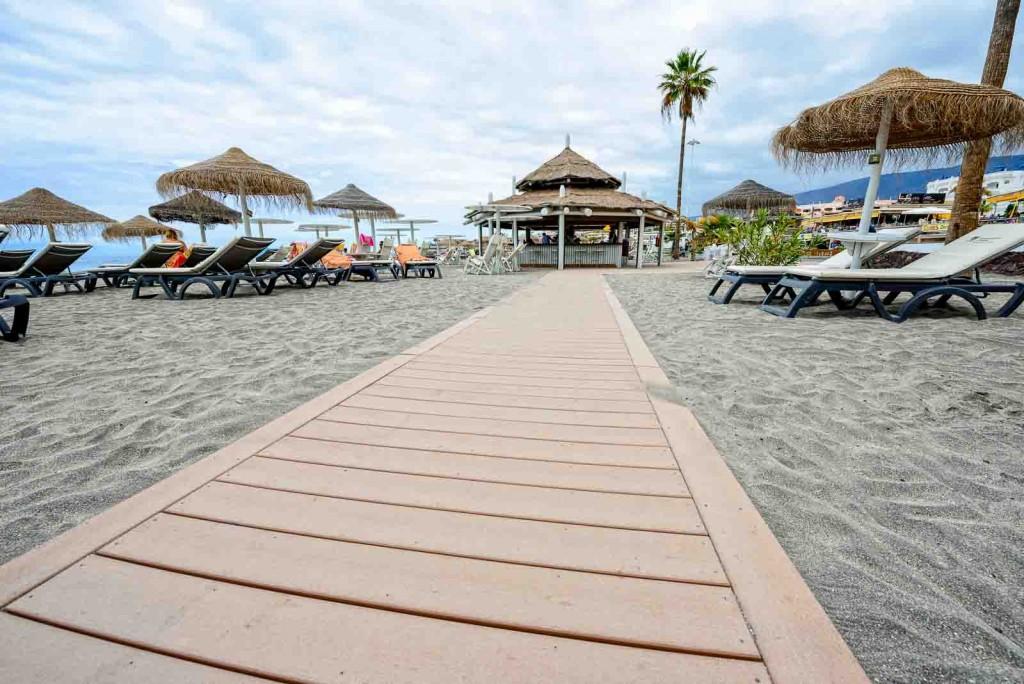 Tarimas Playa de Torviscas copyright imagenia image consultant-24